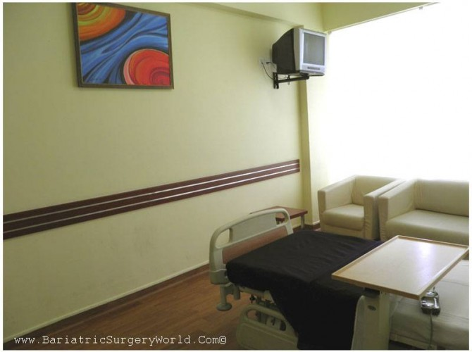 patient-room-weight-loss-surgery-hospital-india-1